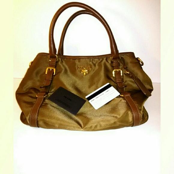 7eaf651b04c0 Prada shoulder handbag (BR4993). M_5bc4b91d4ab6331b2bfb90f7